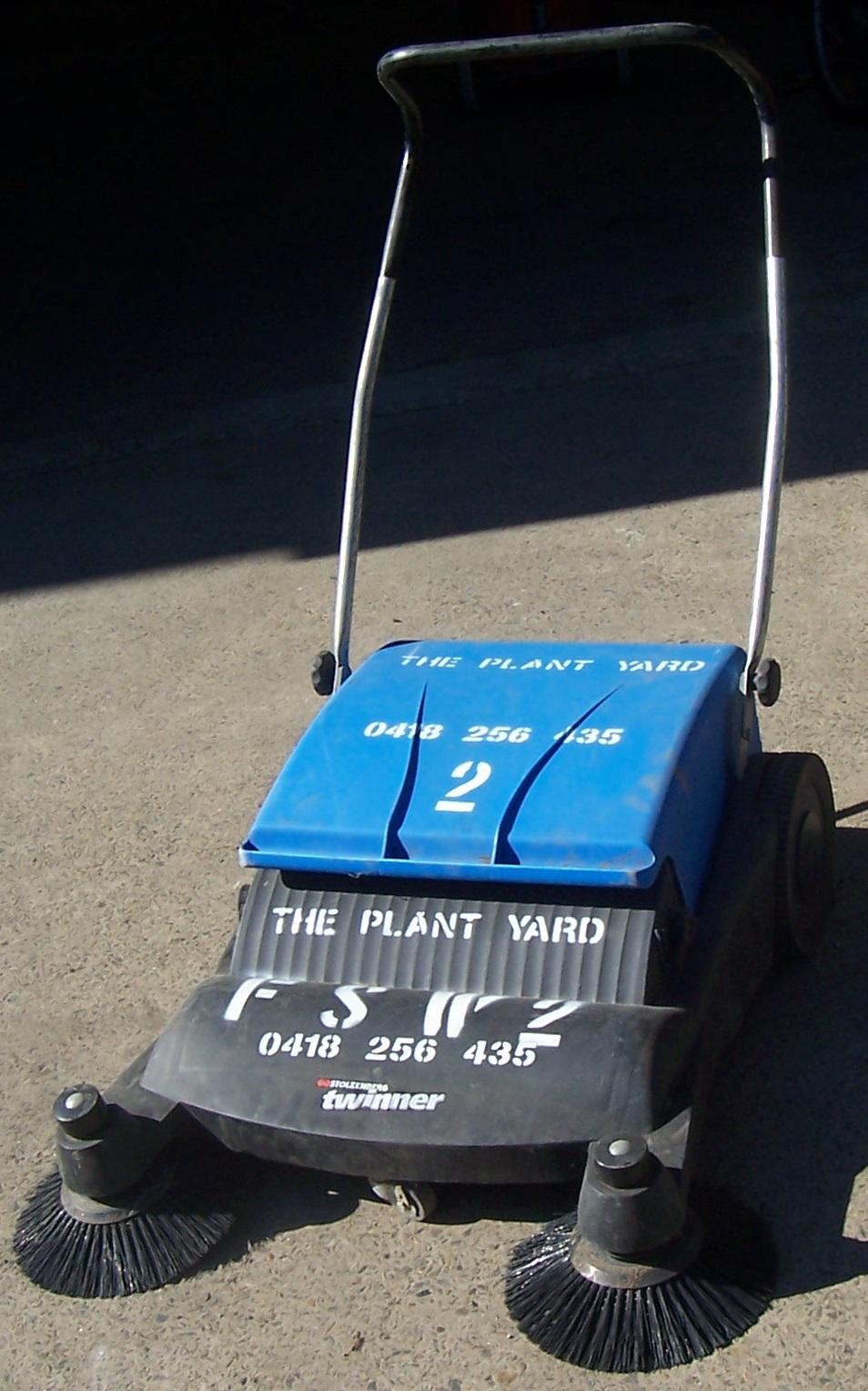 floor sweeper hire.JPG