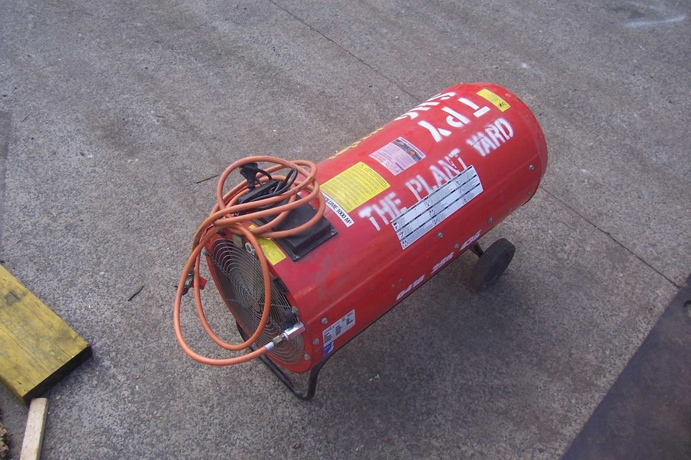industrial outdoor heater hire.JPG