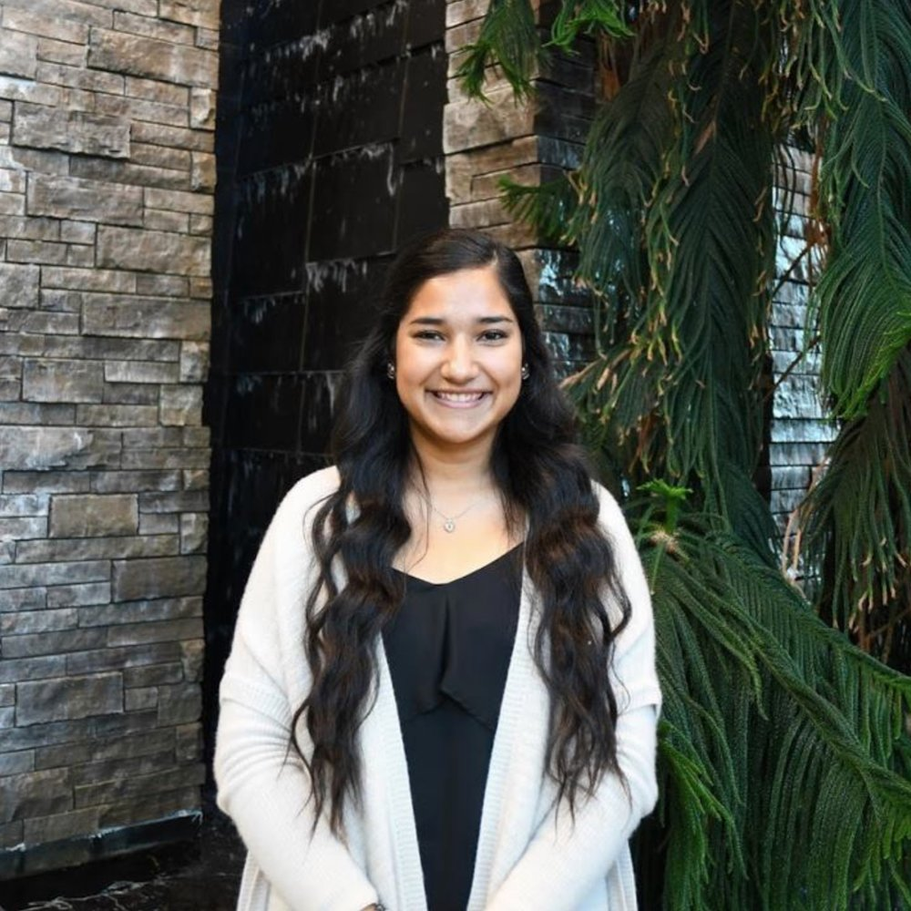 ALEXANDRA RODRIGUEZ - Our 1st Year Representative!!! Her goal for this year is to help make McMaster feel more like home for first year students in the Humanities. She hopes to help plan events that will allow Humanities students to meet each other and feel connected, creating a greater sense of unity amongst first years in our faculty.Contact: mhs.firstyearreps@gmail.com
