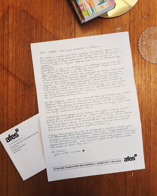 Det här brevet kommer hela vägen från Australien - Vivian från kristna gruppen på University of Sydney skickade det för att peppa och uppmuntra alla i Credo i Sverige! 😍 Vilken glädje det är att få vara del av något större och ha syskon i Kristus runt om i världen! 🌏