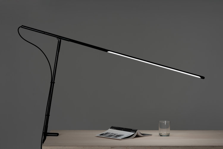 Oblique Lamp mock-up _ Baptiste Meyniel _ 2018 © Baptiste Meyniel