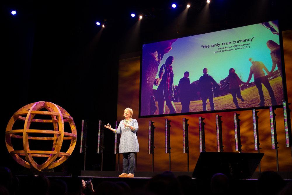 brenebrown-onstage-wds2012.jpeg