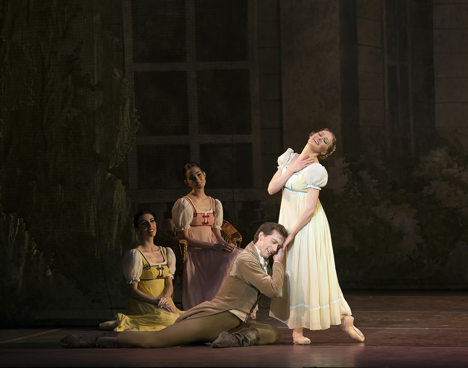 Boston Ballet_PatrickYocum_AshleyEllis_JohnCranko'sOnegin(c)GeneSchiavone