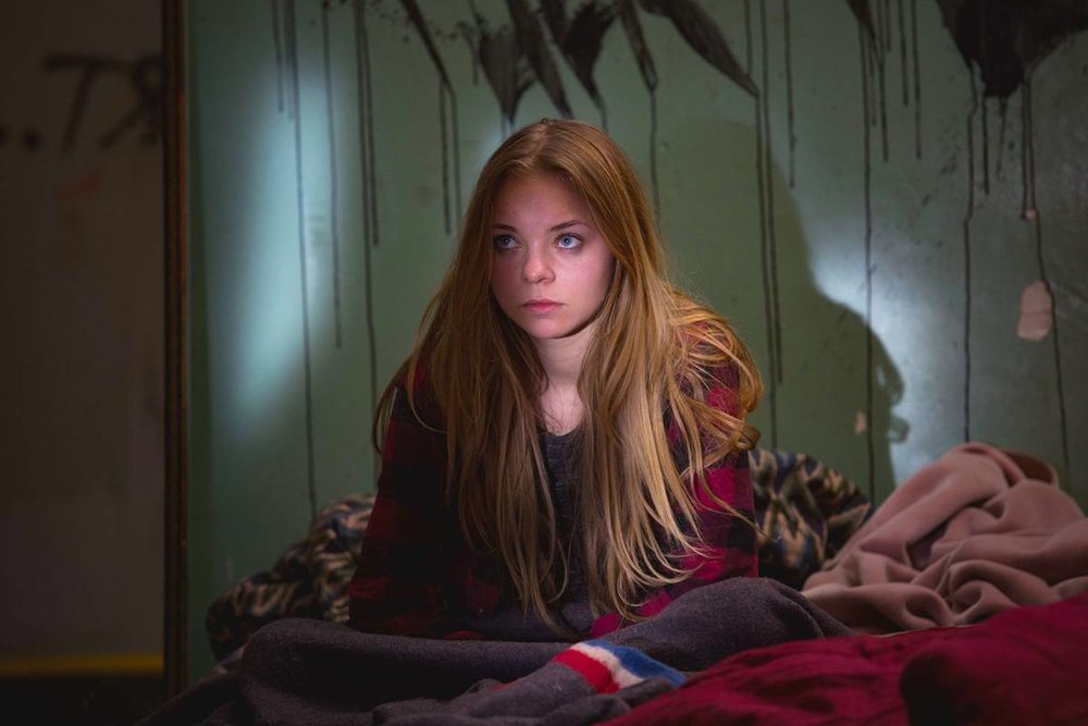Taylor Hickson in  Hunting Pignut