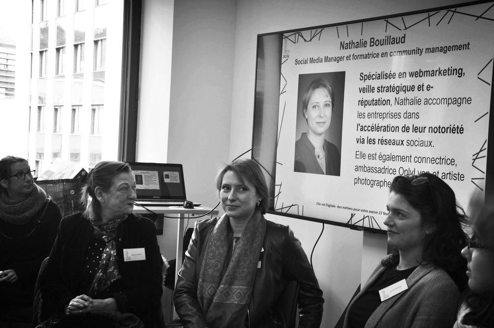 Attirer les femmes actives et en reconversion professionnelle dans les métiers du numérique et développer leurs compétences -