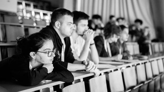 LES FEMMES décodent les jobs du DIGITAL LE 14 MARS 2019 - Témoignez auprès des Lycéens de la Région Auvergne Rhône-Alpes avec 100 000 entrepreneurs et partagez votre expérience, votre parcours pour valoriser le rôle des femmes dans les métiers du numérique.
