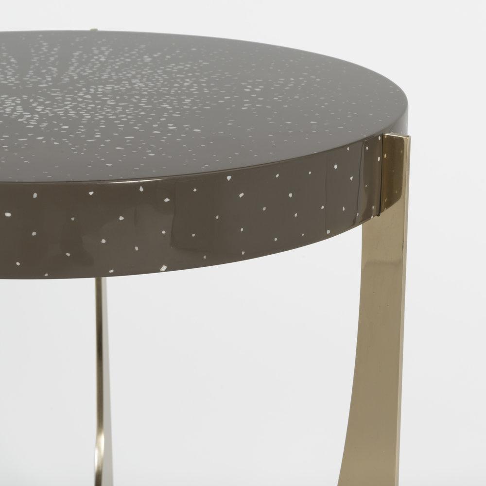 atlas-table-detail.jpg