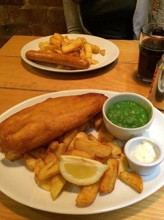 lovely-fresh-hake-chips.jpg