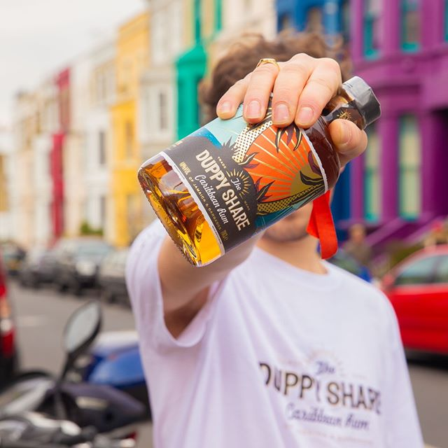 T-Shirt weather in the manor my friend... #RumLove #MakeMischief #Bars @kano . . . #theduppyshare #duppysharerum #rumcocktails #drinks #cocktails #nottinghill #london #caribbean #barbados #jamaica #grime #uktv #ukmusic #kano #bangers #pubs #bars #clubs #tee #merch #whitetee #stash #photooftheday #londonphoto #houseporn