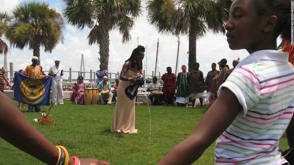 Circle of Unity: Queen Quet, Marquetta Goodwine passing down the Gullah traditions to the next generation