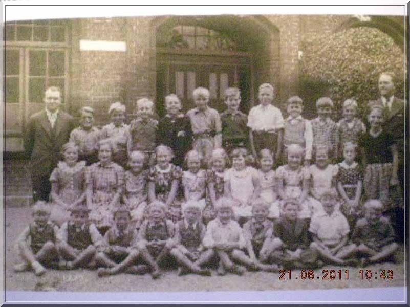 Skoleklasse 1937, foto arkiv.dk og niby.dk