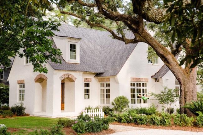 BECKI-OWENS-White-Painted-Brick-Cottage.jpg
