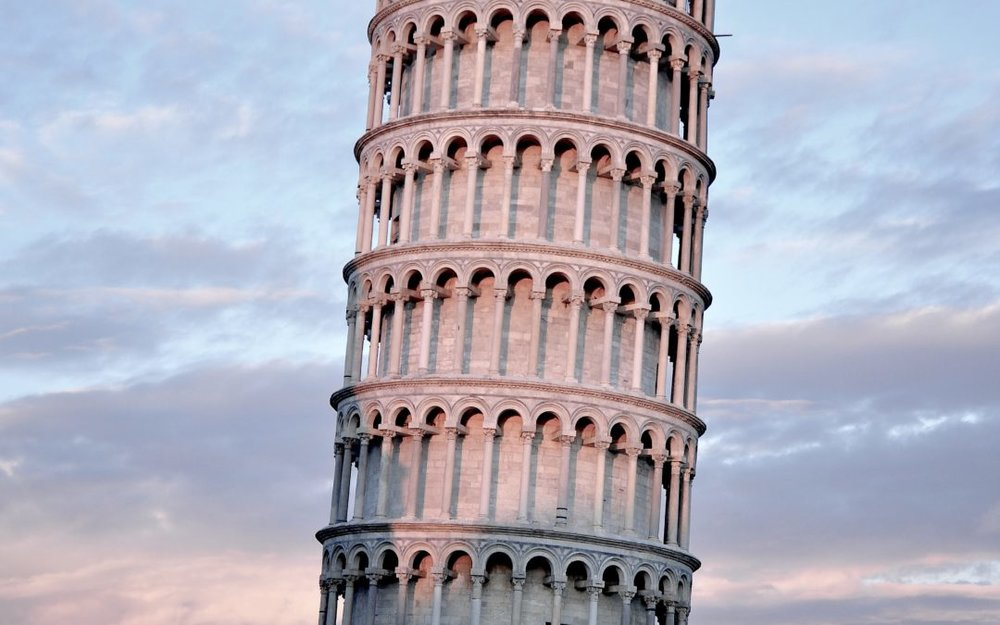 Pisa - Torre Pendente (leading tower).