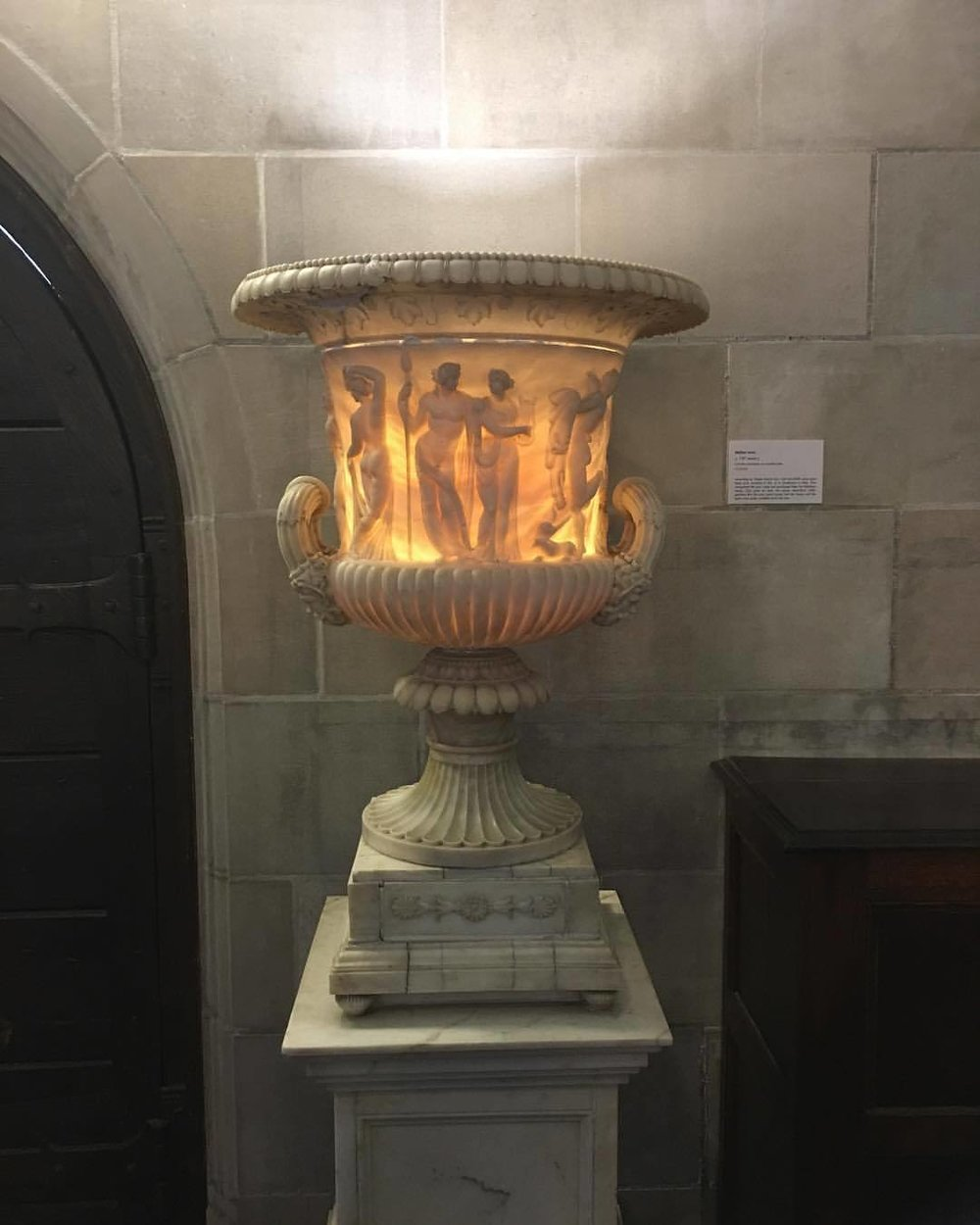 julesjoyce :   Italian urn  c. 18th century  Carved alabaster on marble base (at Salisbury House and Gardens)