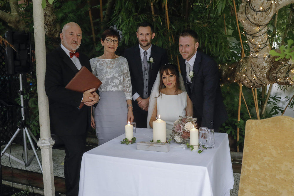 wedding_photographer_kilshane_house_goldenmoments_035.jpg