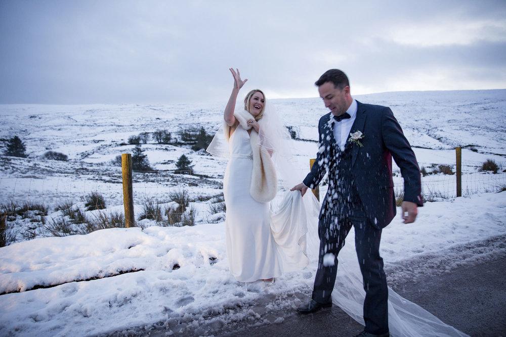 muckross_park_hotel_grougane_barra_wedding_photographer_goldenmoments_060.jpg