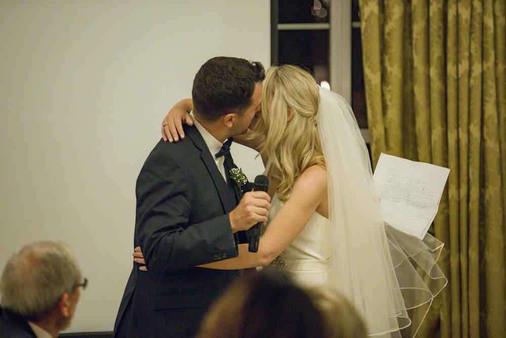 muckross_park_hotel_grougane_barra_wedding_photographer_goldenmoments_076.jpg