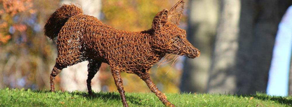 Emma-Jane-Rushworth-Wire-sculpture-fox-1.jpg