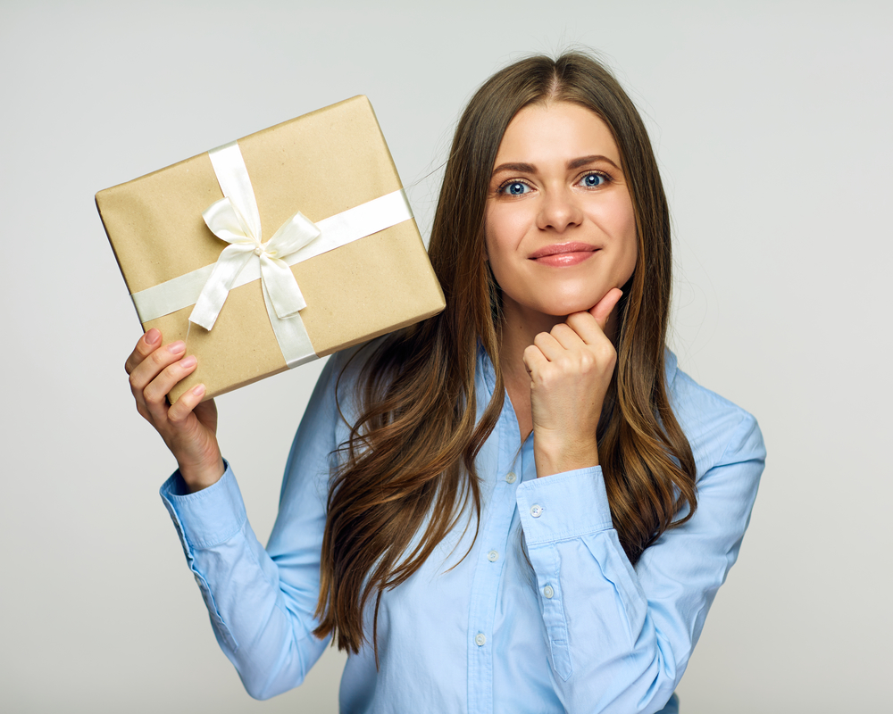 Corporate Gifting - Increase Sales & Referrals, Build Loyalty & RetentionFrom Corporate Gifting to Customer Acquisition Programs, The Savvy Gift Giver will partner with you to source the right gifts for your employees, customers, vendors, and prospects year round. Get ready to become the most powerful gift giver in the world!Learn more ➝