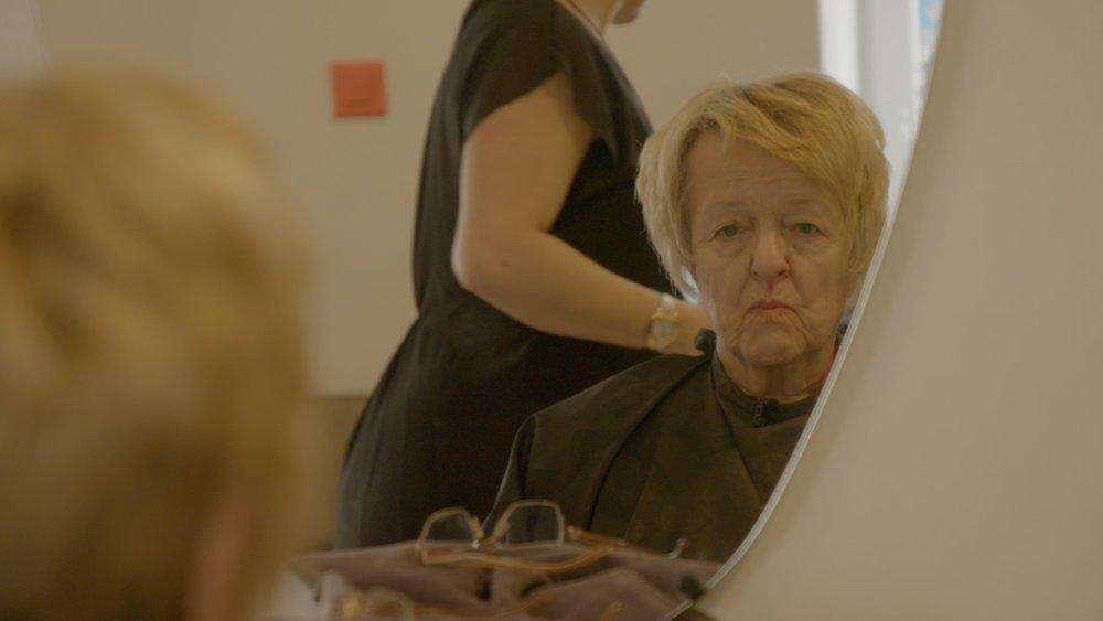 Olga at the hair stylisst