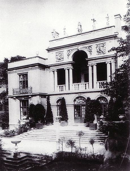 Kaulbach Villa gardens in its glory days