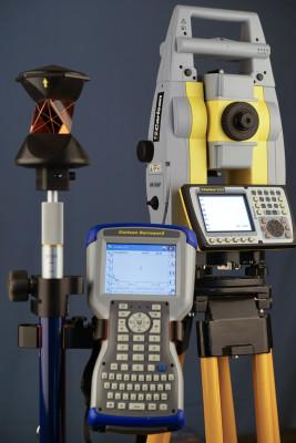 CR2Robot-1-e1457552761850.jpg