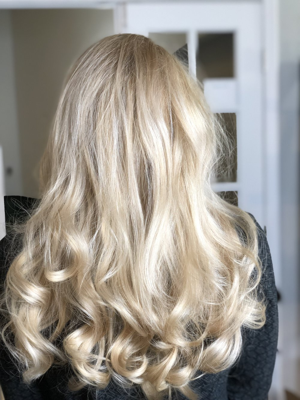 Gorgous blonde hair color