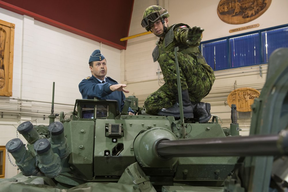 Lawson Armoured Vehicle Valcartier VL2014-0283-009.jpg