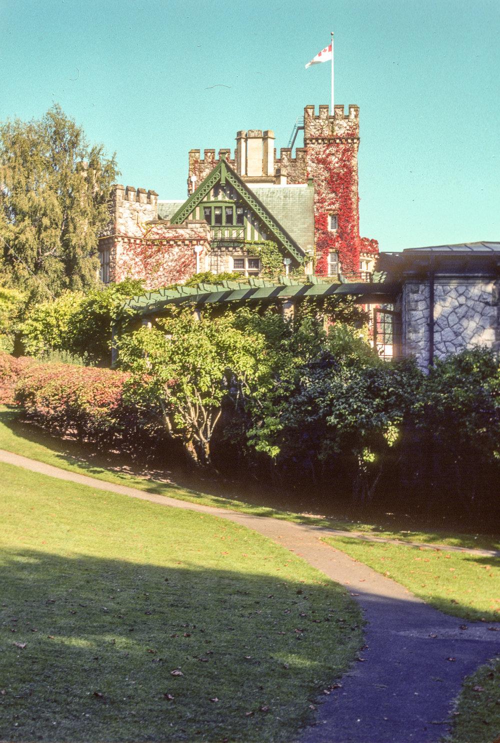 TDV 002 Hatley Castle.jpg