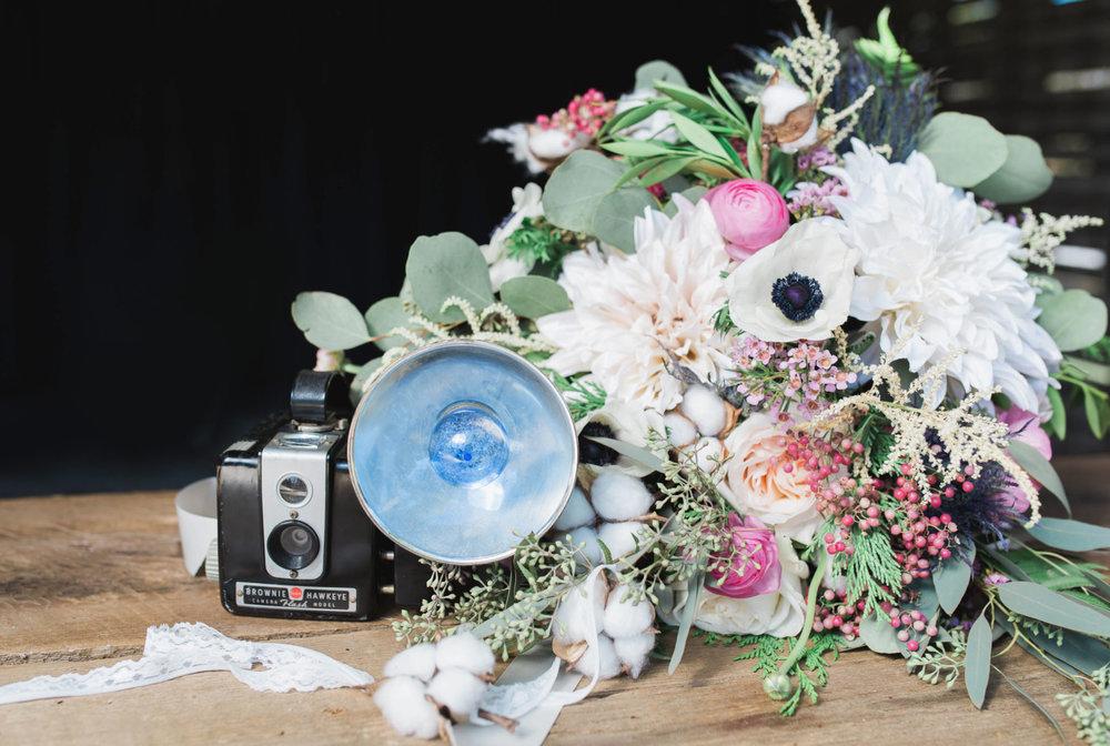 State College Bellefonte Pennsylvania wedding photographer cotton china blue blush barn (1).jpg