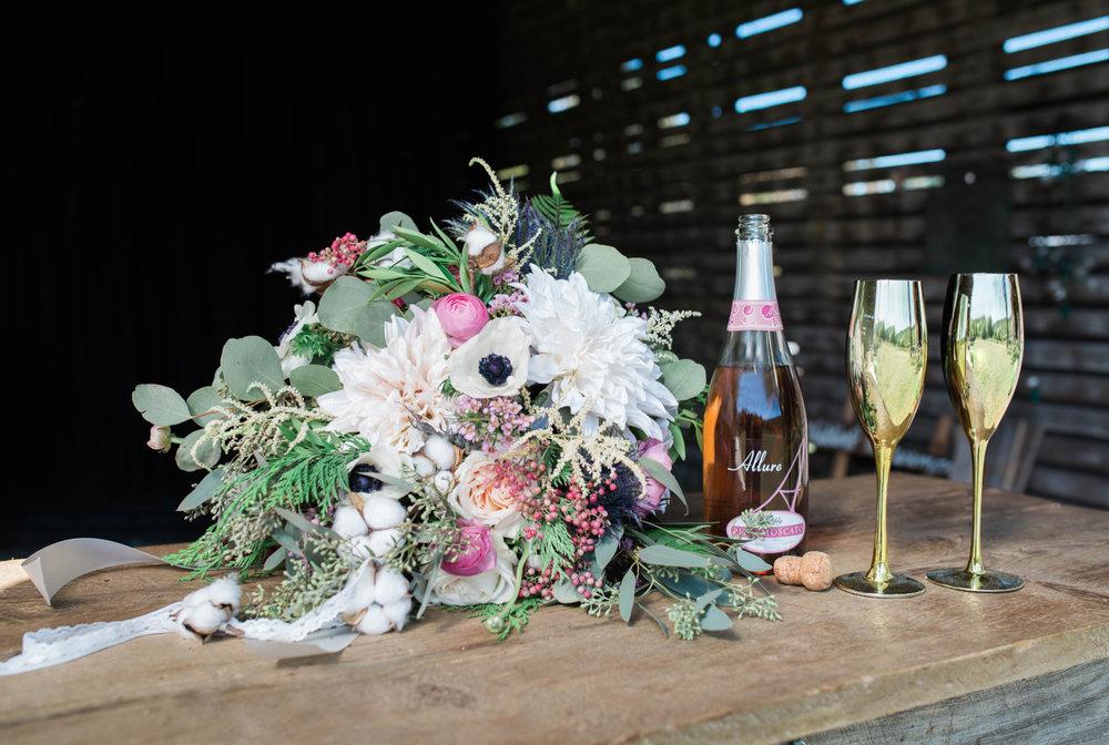 State College Bellefonte Pennsylvania wedding photographer cotton china blue blush barn (3).jpg
