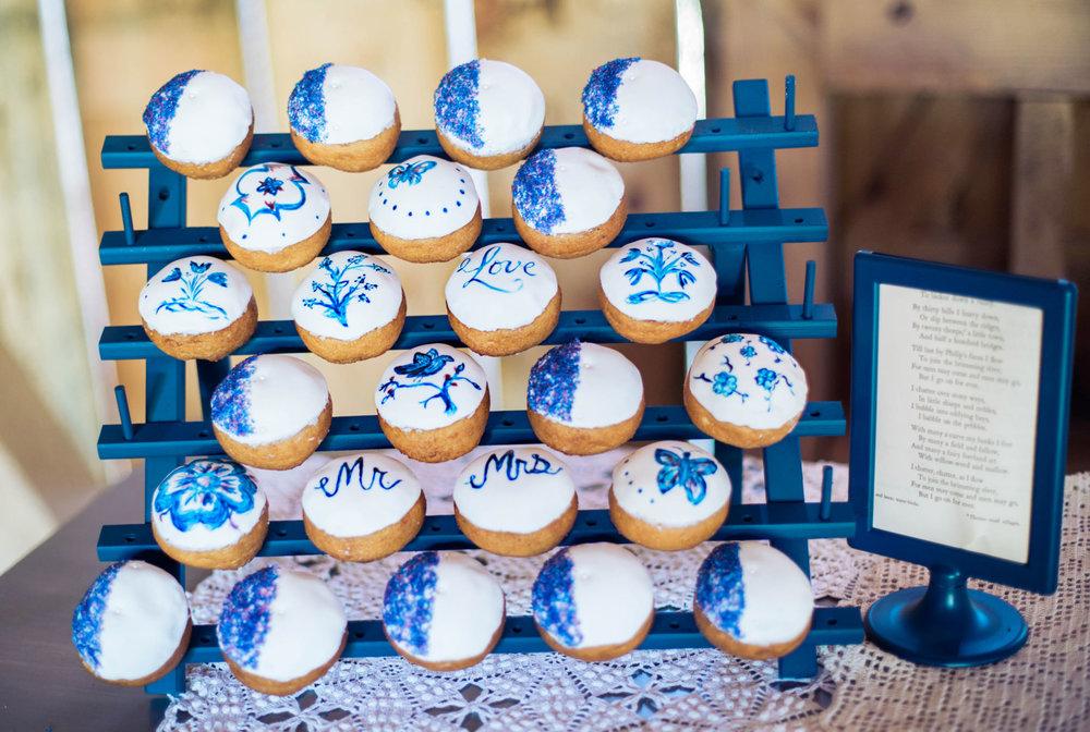 State College Bellefonte Pennsylvania wedding photographer cotton china blue blush barn (15).jpg
