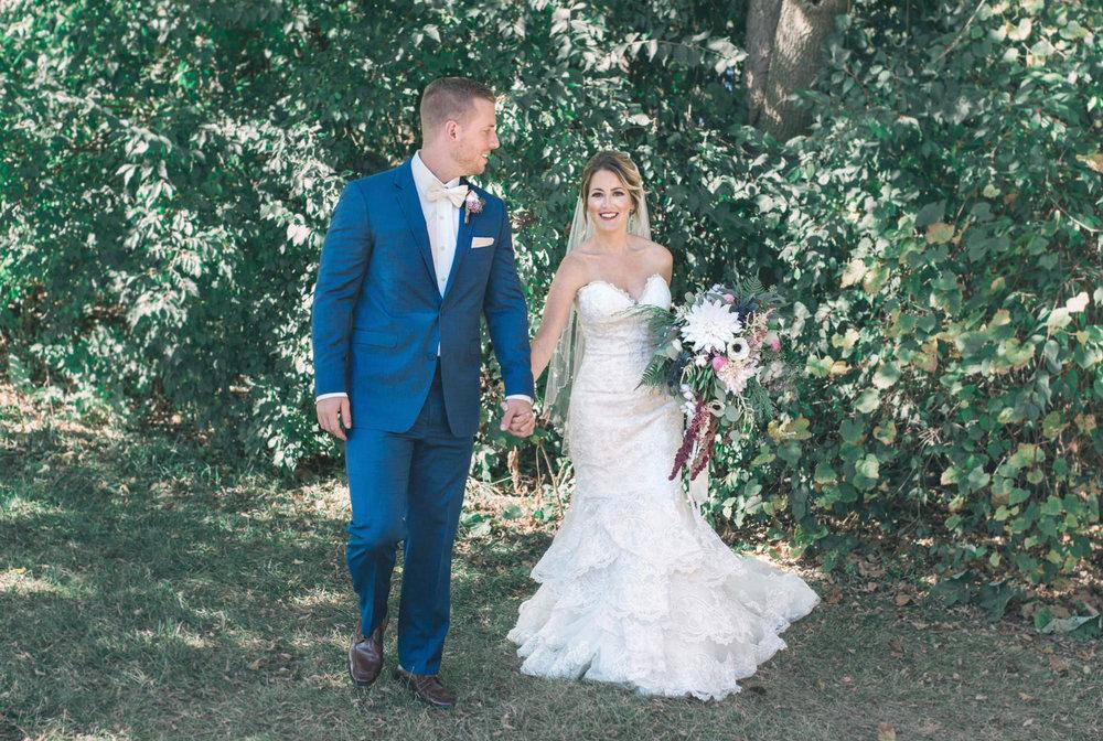 State College Bellefonte Pennsylvania wedding photographer cotton china blue blush barn (38).jpg