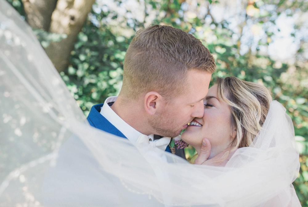 State College Bellefonte Pennsylvania wedding photographer cotton china blue blush barn (42).jpg