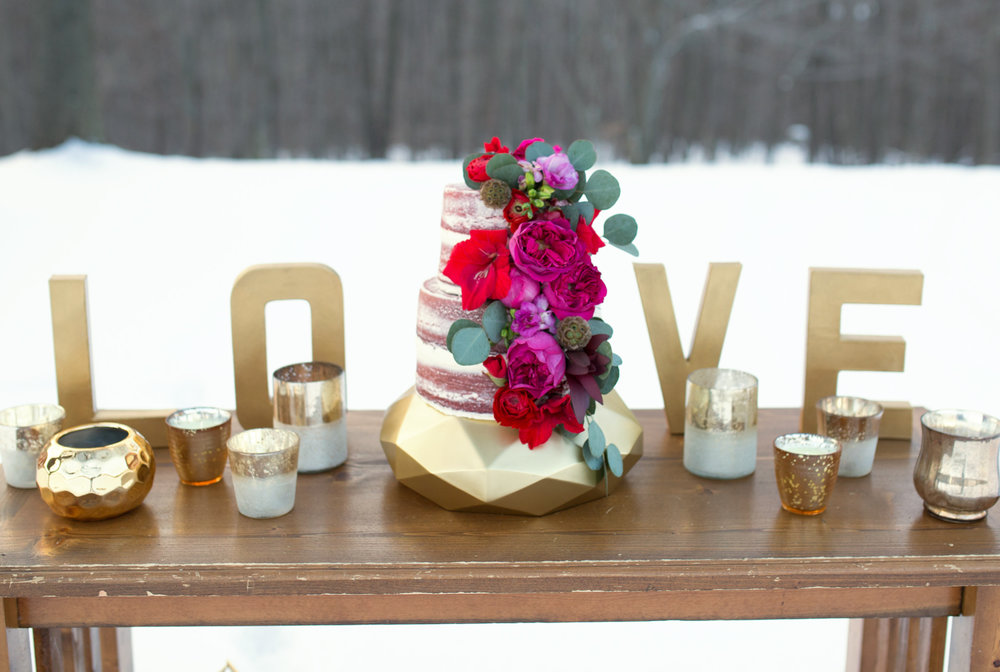 Boho geometric winter wedding styled shoot (16).jpg