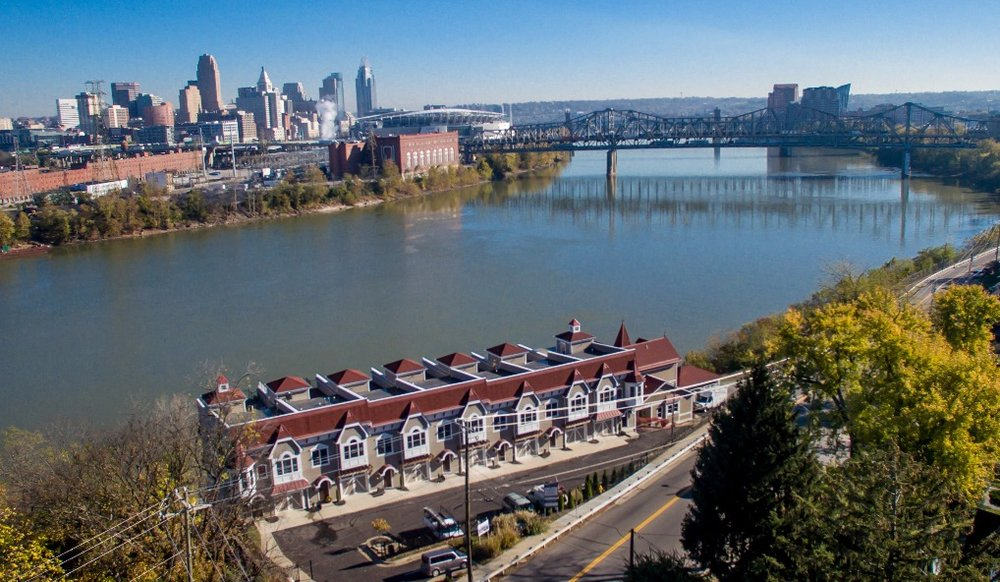 Westport Townhomes - Covington, KY (Cincinnati MSA)Westport Townhomes in the Covington KY MSA was a new development project acquired out of bank foreclosure. The project was successfully completed and all units were sold within 36 months of acquisition.