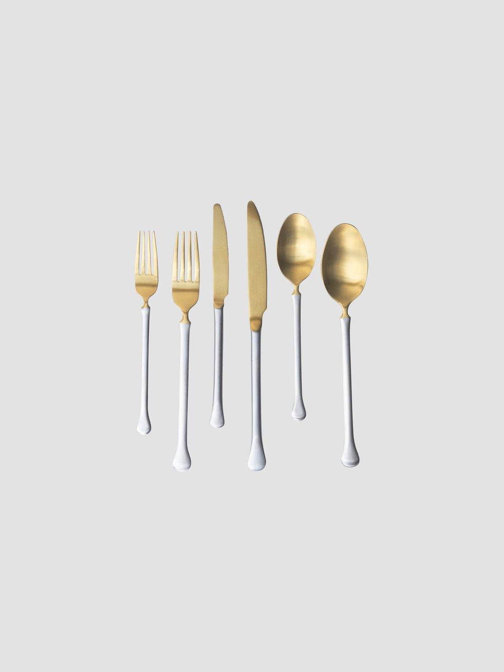 Butter Knife    Salad/Dessert Fork    Dinner Fork    Salad/Dessert Knife    Dinner Knife    Teaspoon    Dinner Spoon