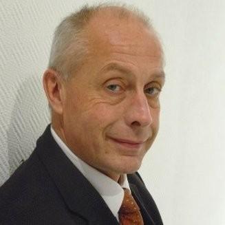 Bernard Schmitt.jpg