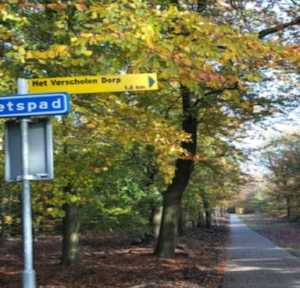 "Signpost to ""Het Verscholen Dorp"" -the hidden village"