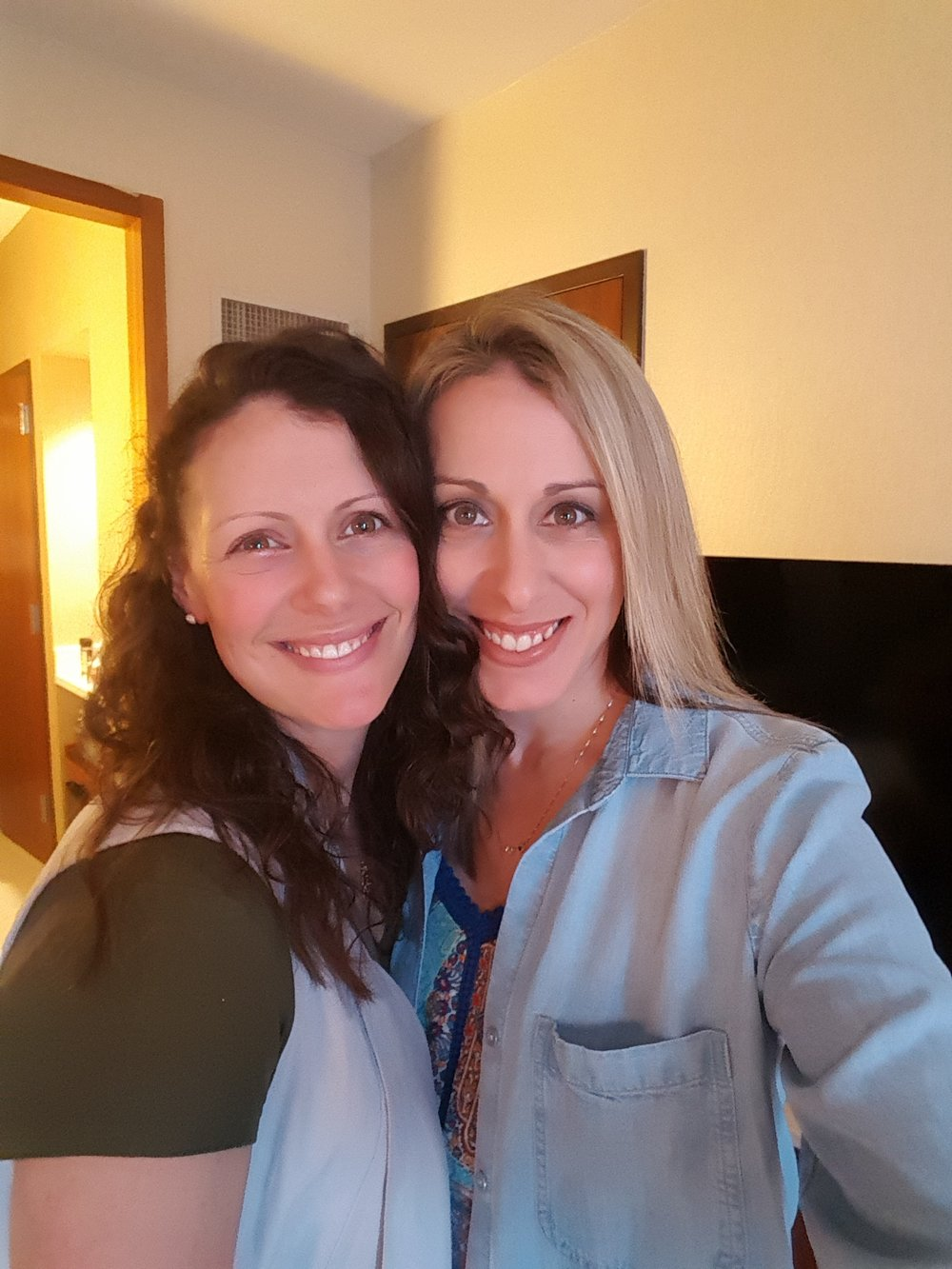 Two Sisters - Helping busy and overwhelmed women find focus and confidence through organization and meal plans.