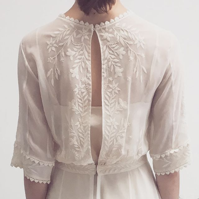 Embroidered silk georgette with antique lace over silk slip #gettingmarried #bridetobe #silkweddingdress #embroidery #madewithlove #ethicalweddingdress #londonbride #handembroidery #weddingdress #dreamdress #inspiredbynature #bespokedress #ethicalfashion #whiteonwhite #bridalgown