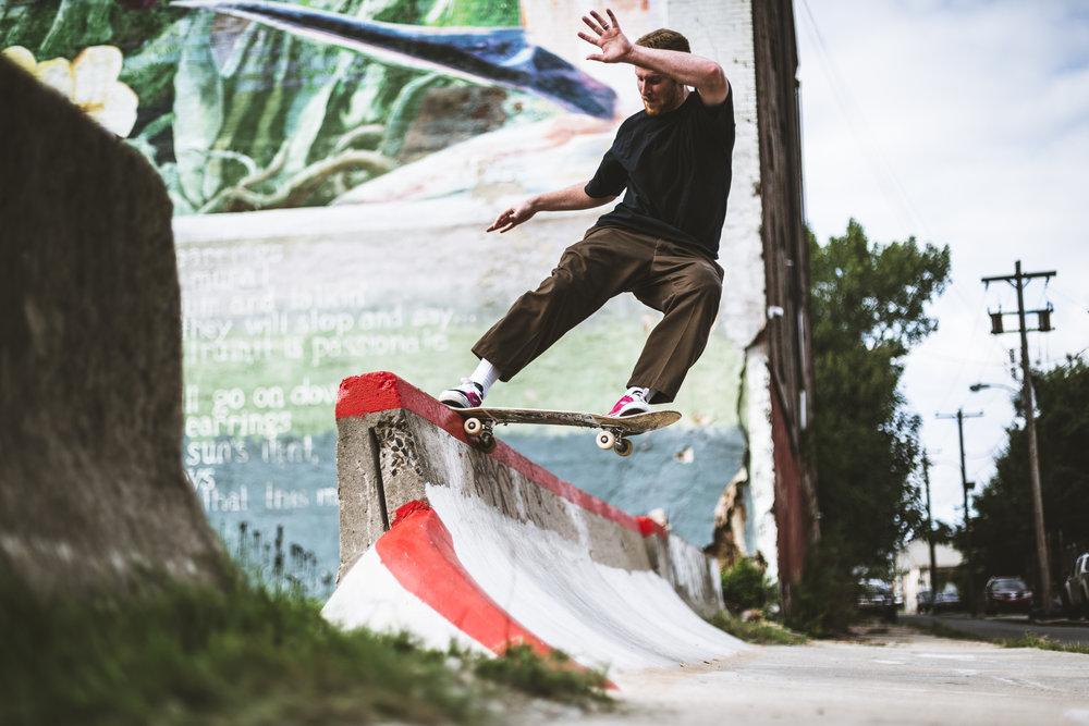 Skateboarding-15.jpg