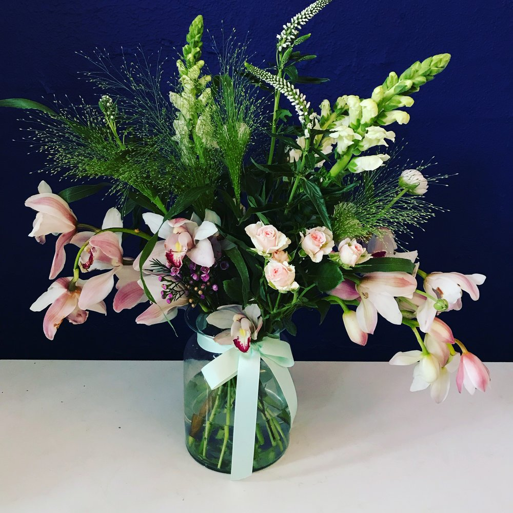 Flower Subscription - From £25.99Subscribe or buy one-offChoose 1 from 2 choices each month! Just choose your favourite size and style.Stop anytime