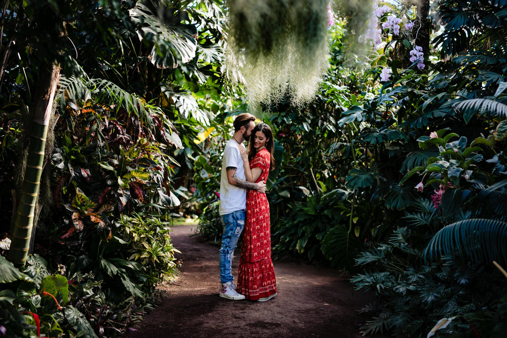 Clare Gordon Photography-Victorian -Glass- house-engagement-photo