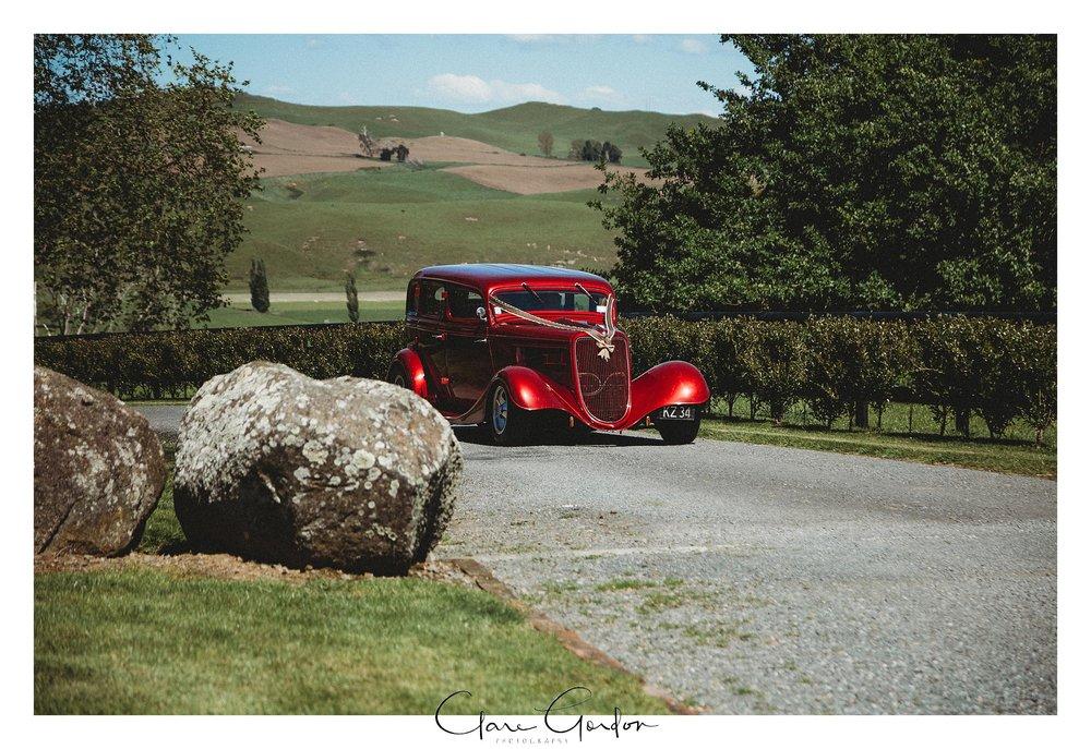 Wedding-Car-The-Red-barn.jpg
