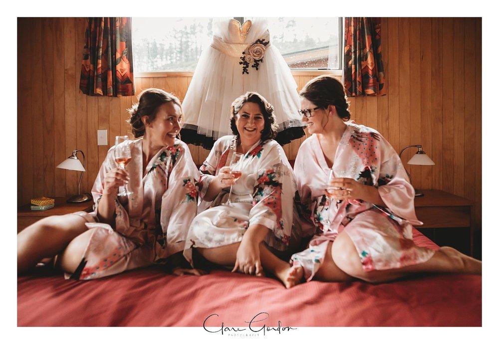 Tangiaro- Kiwi -retreat- Coromandel-Wedding-photo- (52).jpg
