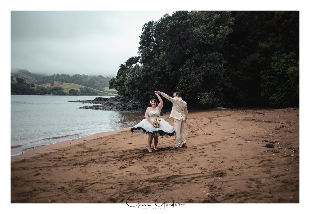 Tangiaro- Kiwi -retreat- Coromandel-Wedding-photo- (94).jpg