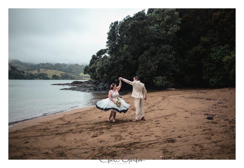 Tangiaro- Kiwi -retreat- Coromandel-Wedding-photo- (96).jpg