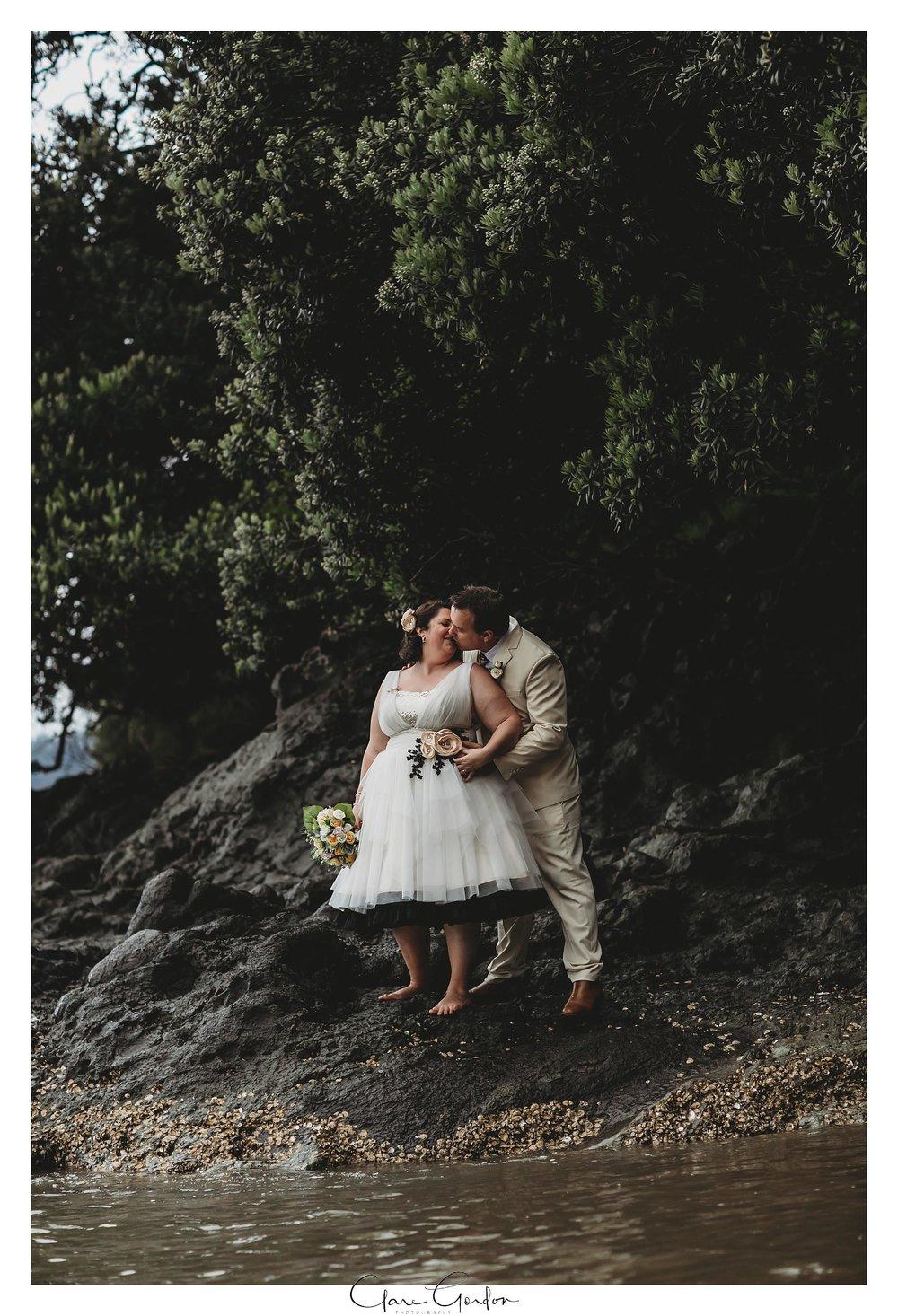 Tangiaro- Kiwi -retreat- Coromandel-Wedding-photo- (92).jpg
