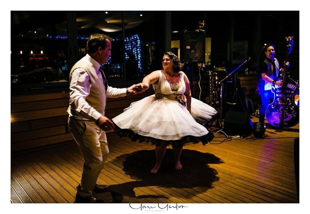 Tangiaro- Kiwi -retreat- Coromandel-Wedding-photo- (130).jpg